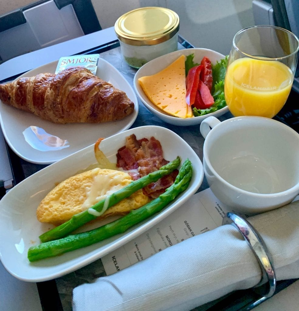 Airplane food Travel tips
